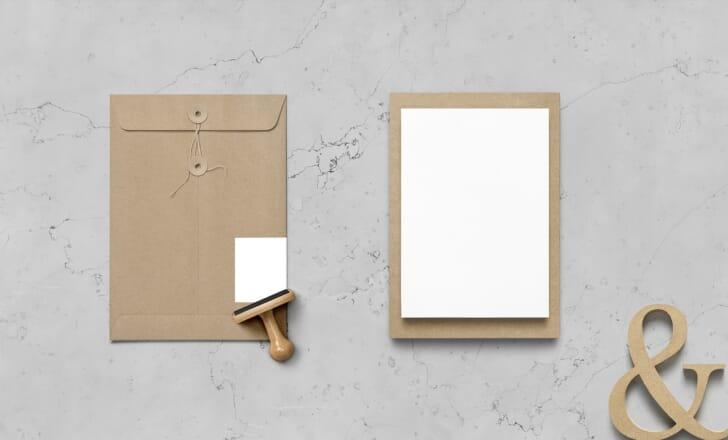 白い紙とスタンプの画像