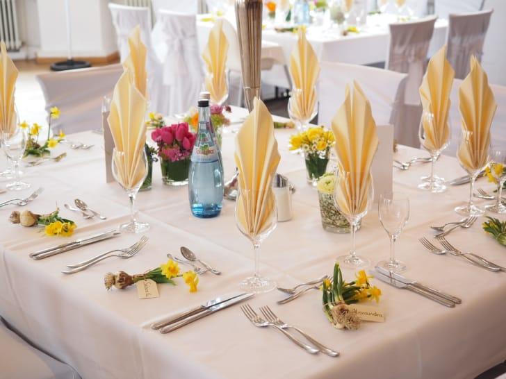 披露宴のテーブルの写真