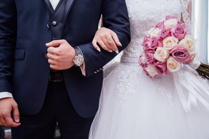 結婚式の新郎新婦の写真
