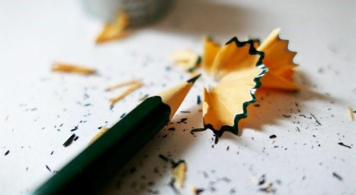 削った跡の鉛筆の画像