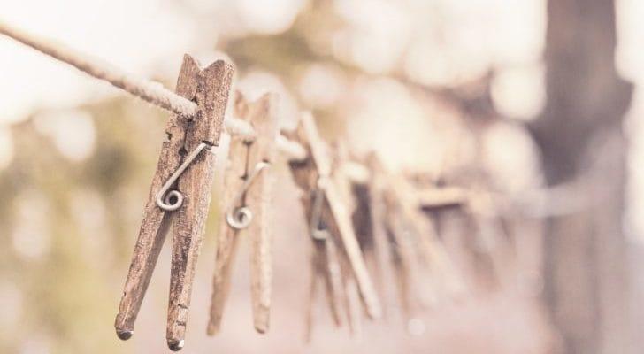 木の洗濯ばさみの画像
